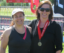 Kristen and Caroline with Silver Medal after the 1km Ocean Swim Classic race